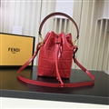 Fendi Beautiful Classic Casual Fashion Lady Cowhide Womens Buckets Crossbody Top-Handle Bags - Red